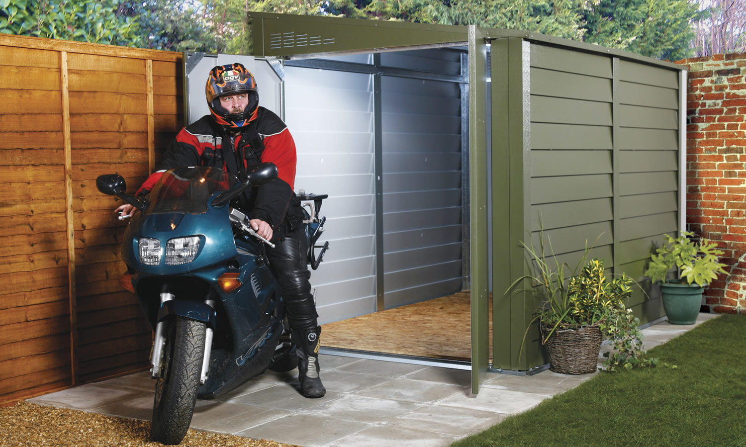 slider-motorcycle-garages